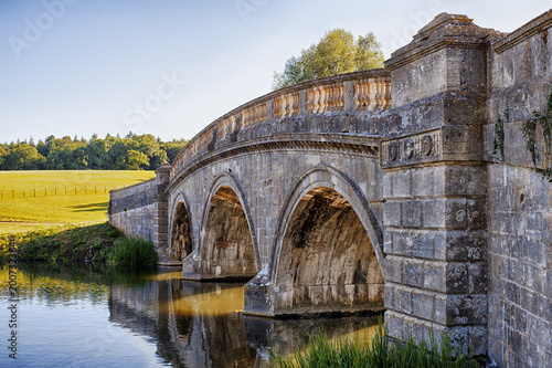 Fotobehang Londen Stone Bridge over Canal in Oxford, UK