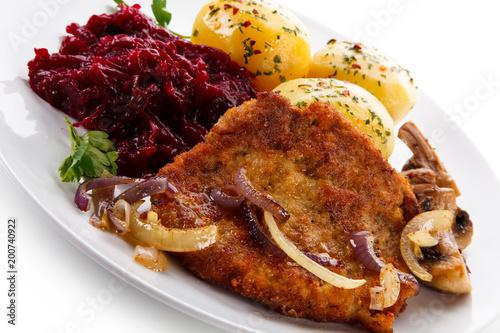 Grilled pork chop with vegetables - 200740922