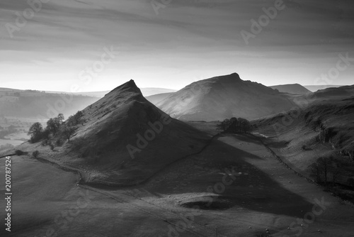 Plexiglas Grijs Beautiful landscape image of Parkhouse Hill and Chrome Hill in Peak District at sunset