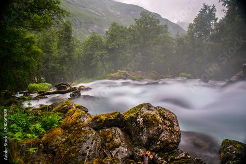 Wasserfall aus Nowegen - 200861989
