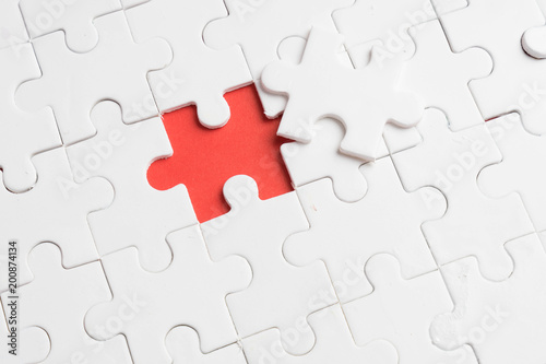 put the last piece of jigsaw puzzle to complete the mission - 200874134