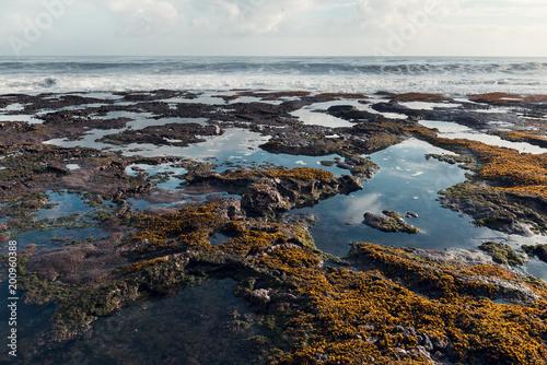 Keuken foto achterwand Bali Ocean tide and rocks landscape