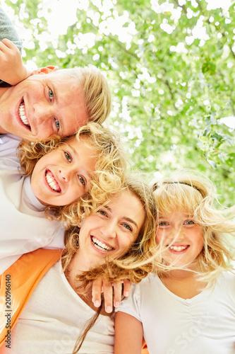 Familie und Kinder gemeinsam im Urlaub