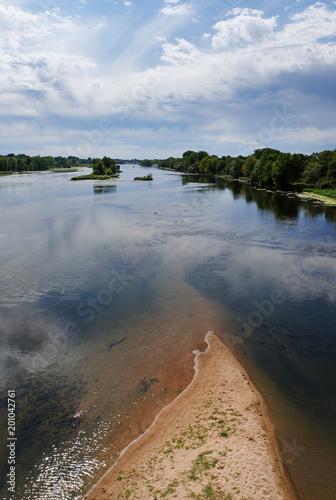 Foto Murales Loire river bank in Muides sur Loire village
