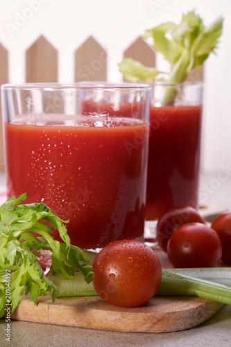 Fotobehang Sap tomato juice celery tomato freshness natural healthy vitamin juice glass