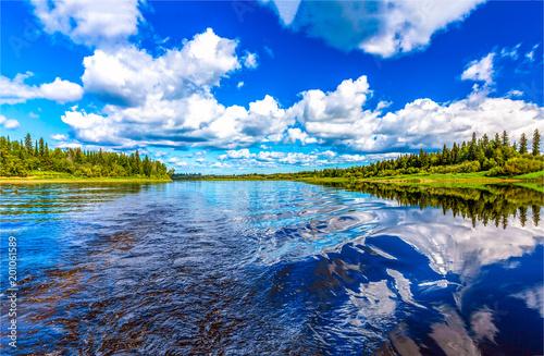 Foto op Plexiglas Donkerblauw River water horizon blue sky white clouds landscape