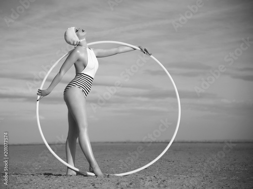 Circle in the Sand - 201077574