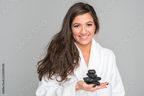 Kobieta zaczyna masaż