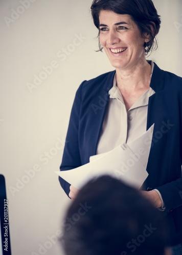 Foto Murales Businesswoman in office