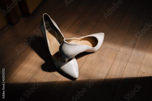 jasne damskie buty