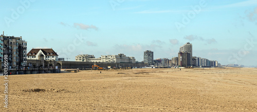beach in ostend - 201350598