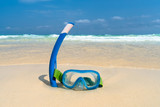 Dive mask and snorkel, snorkelling - 201352791