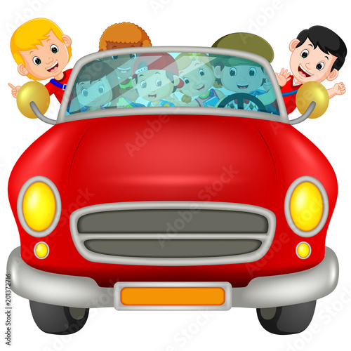 Aluminium Auto Man and family driving a car on the road