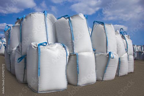 Leinwanddruck Bild the outdoor big bag storage