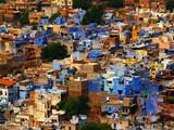 Pittoresque architecture de blue ville, panorama avec beaucoup de batiments en Asie rajasthan - 201478797