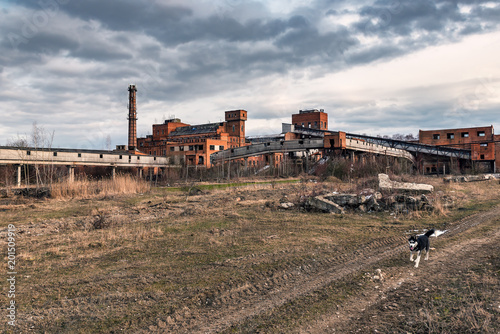 Plexiglas Oude verlaten gebouwen ruins of abandoned factory