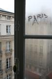 Fototapeta Paris - Paris, France okno na poddaszu © wojownyk