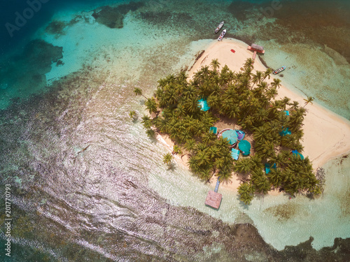Aluminium Tropical strand Small tropical island