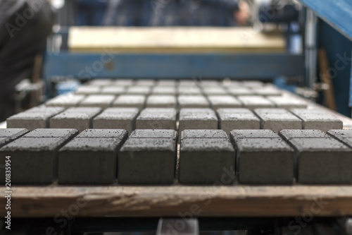 Production of concrete paving stones - 201835954