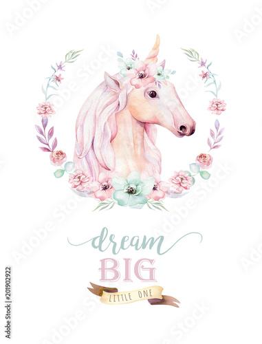 lokalisiertes-nettes-aquarell-unicorn-clipart-mit-blumen-kinderzimmer-einhorner-illustration-prinzessin-regenbogen