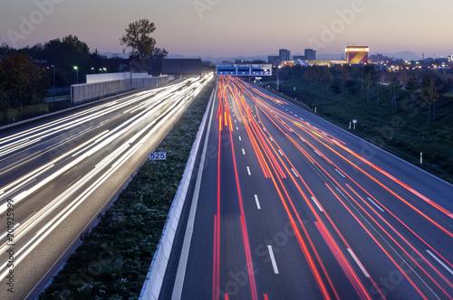 Plexiglas Nacht snelweg Stau auf der A9, München Nord.