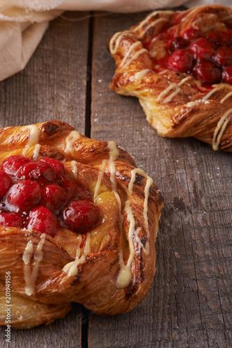 Foto Murales raspberry puff pastry tarts