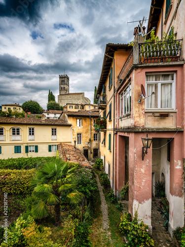 Fotobehang Toscane Looking Over Barga to Duomo