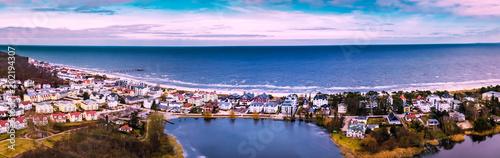 Leinwanddruck Bild Panorama Luftbild von Bansin im Monat März