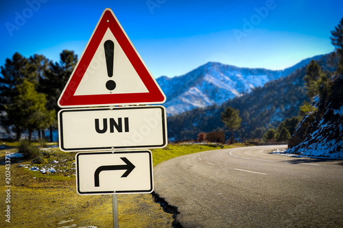 Schild 287 - UNI