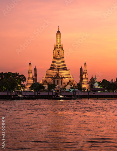 Wat Arun Temple at sunset  twilight with floating lanterns in bangkok,Thailand.