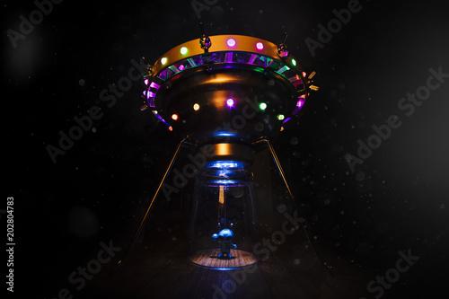 Plexiglas UFO Extraterrestrial and flying saucer