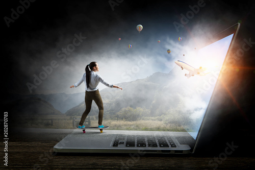 Plexiglas Skateboard Surfing the Internet