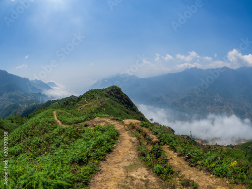 Plexiglas Rijstvelden Landscape and rice terraces near Sapa, Vietnam.