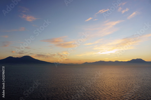 Plexiglas Zonsopgang View of Mount Vesuvius from the sea
