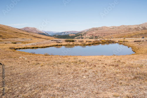 Plexiglas Zalm landscape view at Independence Pass near Aspen, Colorado of mountains and a pond.