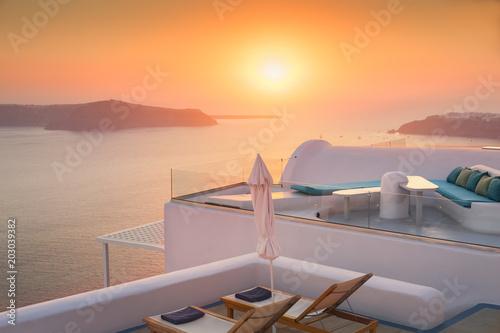 Plexiglas Santorini Beautiful and famous sunset on Santorini island, Greece
