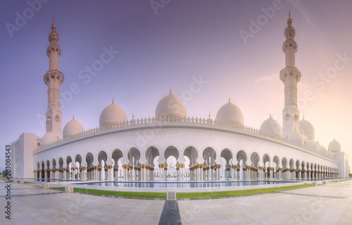 Sheikh Zayed Grand Mosque at sunset Abu-Dhabi, UAE