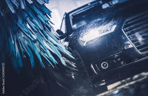 Leinwandbild Motiv Modern Brush Car Wash