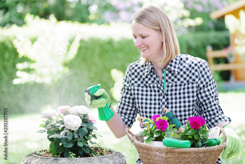 Fridge magnet Bei der Gartenarbeit