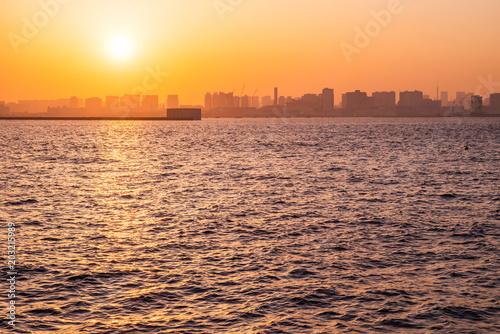 Plexiglas Tokio 東京ベイエリアに沈む夕日