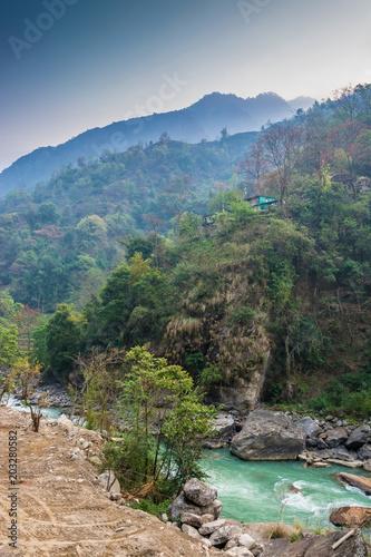 Aluminium Bergrivier Mountain river in Nepal.