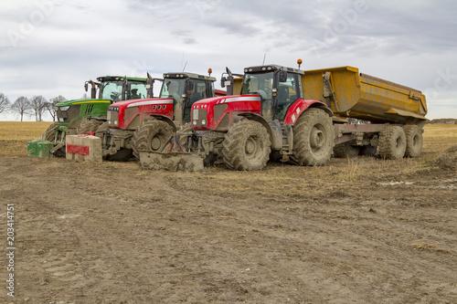 Aluminium Trekker tractors at a construction site