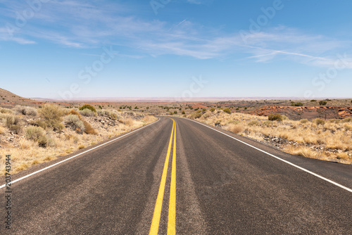 Plexiglas Blauwe hemel Desert highway