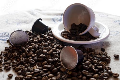 Canvas Koffiebonen Tazza da caffè con chicchi di caffè e cialde