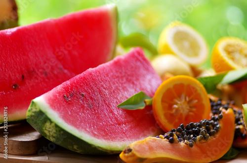 Foto Murales sliced papaya, watermelon and ripe frui