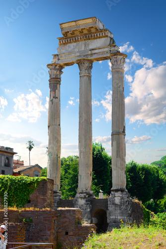 Starożytne ruiny w Rzymie