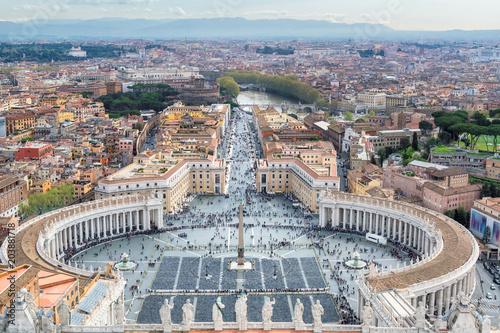Widok z lotu ptaka świętego Peter kwadrat w Watykan, Rzym, Włochy.
