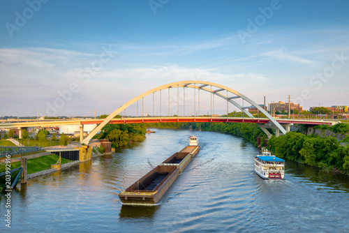 Bridges and Boats on the Cumberland River