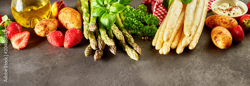 Panoramic banner with fresh asparagus