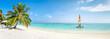 Quadro Strand Panorama im Sommer mit Palmen und türkisblauem Meer